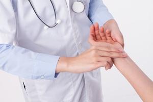 剖腹产创伤增生怎么办