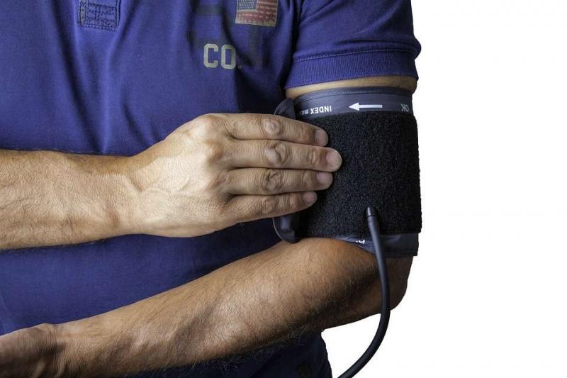 19岁血压0正常吗不正常找专家咨询